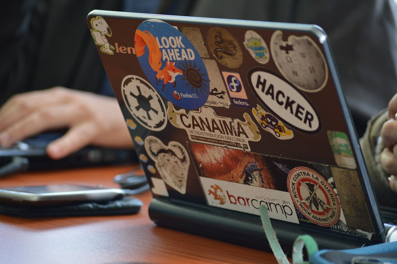 колко печелят хакерите